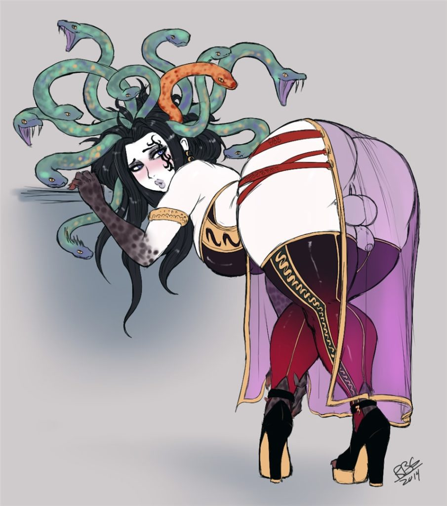 Fat ass futanari medusa bending over